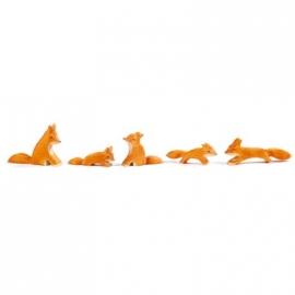 Fuchs, klein (sitzend)