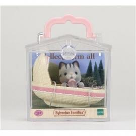 Sylvanian Families - Minibox - Katze im Babykorb
