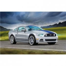 Revell - 2013 Mustang GT