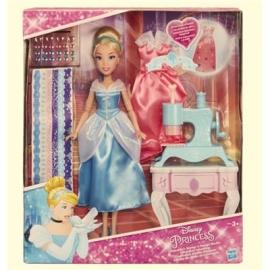 Hasbro - Disney Prinzessin - Cinderellas Kleider-Designer