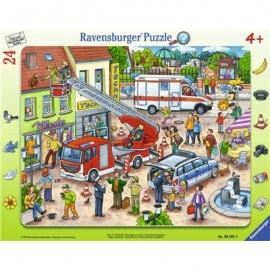 Ravensburger Puzzle - Rahmenpuzzle - 110, 112 - Eilt herbei, 24 Teile